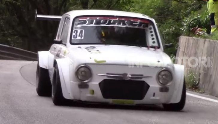 """Fiat 850 con motore di una Kawasaki Ninja ZX-12R, il """"folle"""" progetto - Foto 3 di 5"""