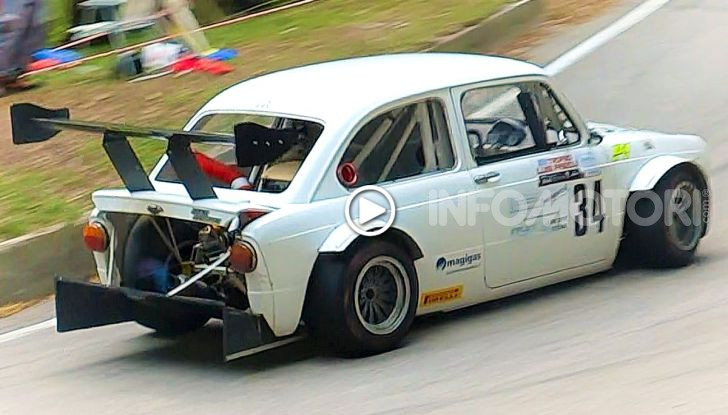 Fiat 850 con motore di una Kawasaki Ninja ZX-12R - Foto 5 di 5