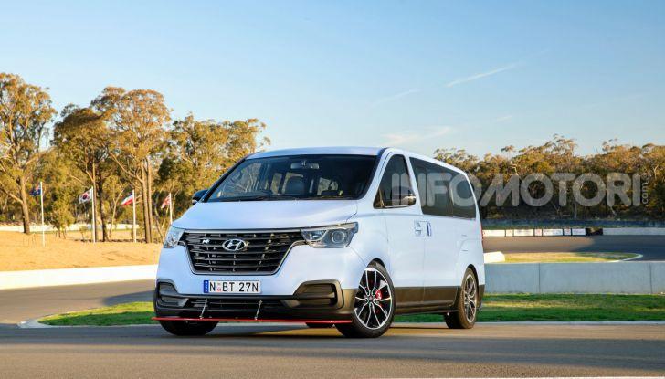 [VIDEO] Hyundai iMax N: il Van da 402CV e trazione posteriore - Foto 3 di 12