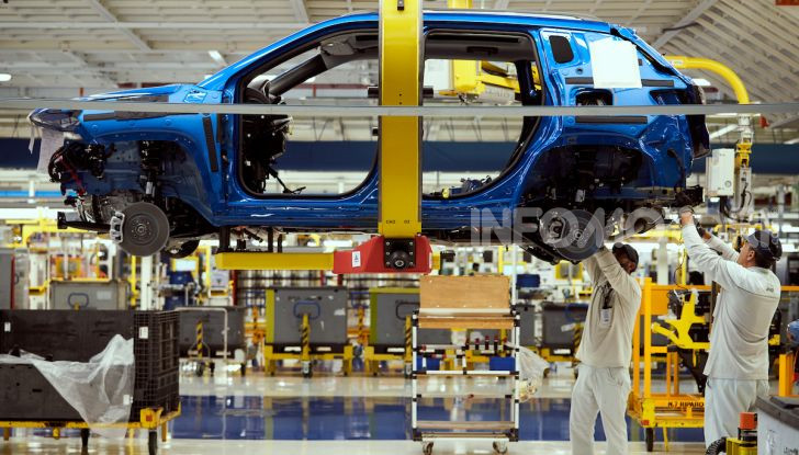 """FCA, prodotti a Melfi i modelli """"green"""" di Jeep Renegade e Compass - Foto 14 di 20"""