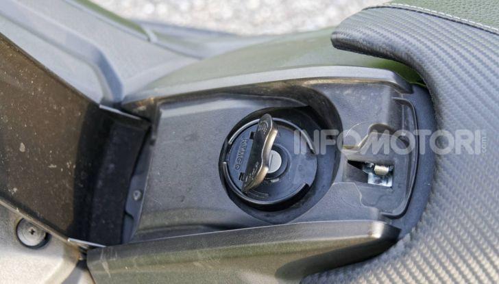 """Prova Kymco AK550, l'unico vero """"anti TMAX"""" - Foto 4 di 54"""