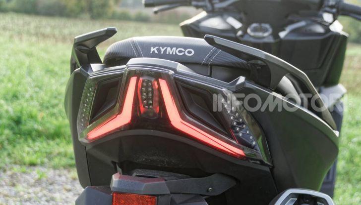 """Prova Kymco AK550, l'unico vero """"anti TMAX"""" - Foto 36 di 54"""