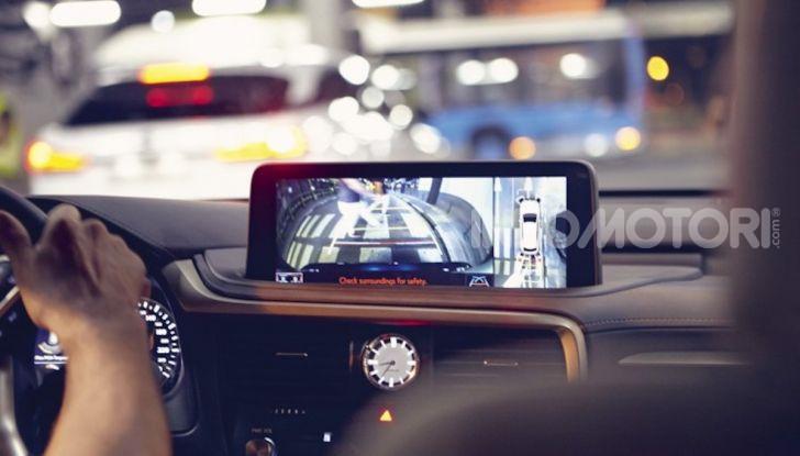 Lexus RX Hybrid MY 2020: muscoli, tecnologia ed eleganza - Foto 10 di 25