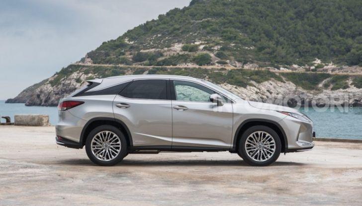 Lexus RX Hybrid MY 2020: muscoli, tecnologia ed eleganza - Foto 15 di 25