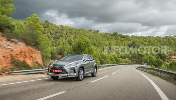 Lexus RX Hybrid MY 2020: muscoli, tecnologia ed eleganza - Foto 19 di 25