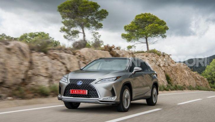Lexus RX Hybrid MY 2020: muscoli, tecnologia ed eleganza - Foto 21 di 25