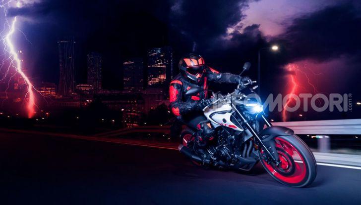 Nuova Yamaha MT-03 2020: stile e prestazioni su due ruote - Foto 7 di 8