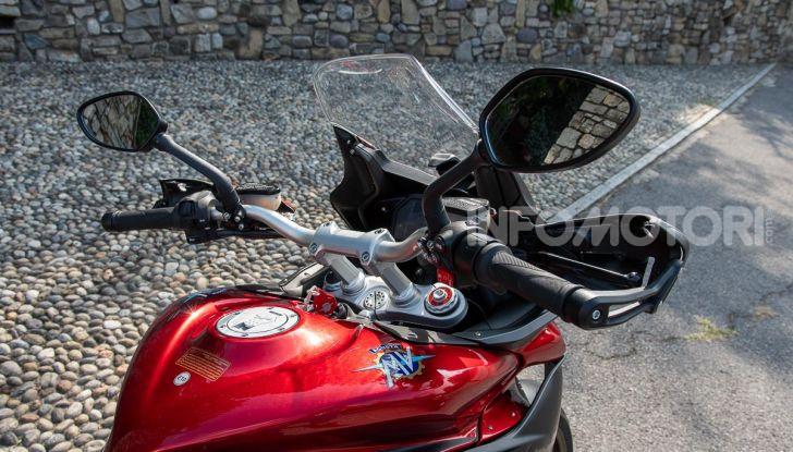 MV Agusta Turismo Veloce Lusso SCS, affilata come una Brutale, comoda come uno scooter - Foto 29 di 58