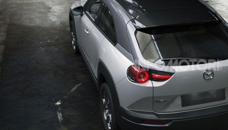 Mazda MX-30: l'auto elettrica con materiali ecologici - Foto 4 di 8