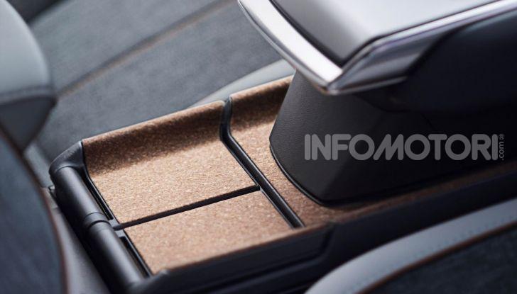Mazda MX-30: l'auto elettrica con materiali ecologici - Foto 6 di 8
