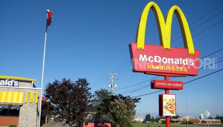 McCharge: da McDonald's arrivano le colonnine per auto elettriche - Foto 6 di 10