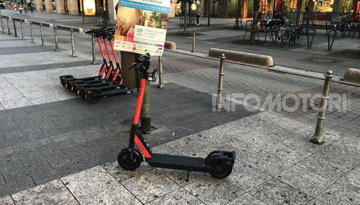 Milano, al via utilizzo dei monopattini elettrici - Foto 6 di 6