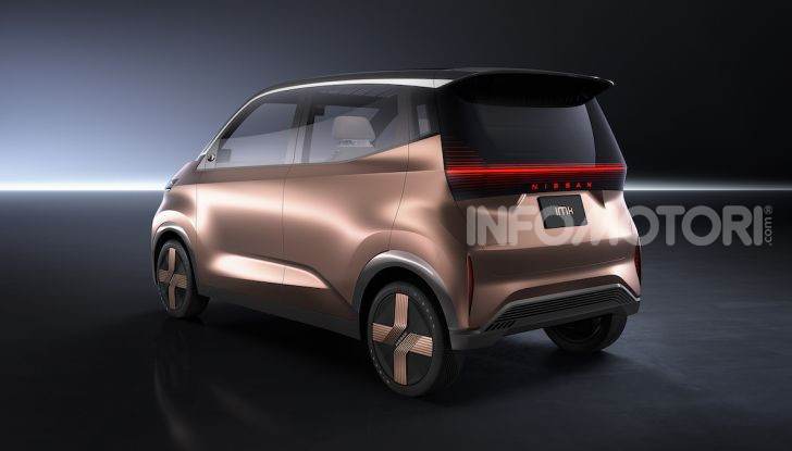 Nissan IMk: la city car compatta, elettrica e intelligente - Foto 2 di 9