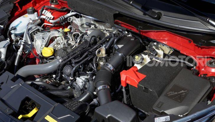 Prova su strada Nissan Juke 2020: tecnologia e sicurezza - Foto 24 di 26