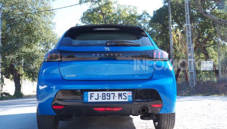 Nuova Peugeot 208: motori, prezzi e impressioni di guida - Foto 3 di 12