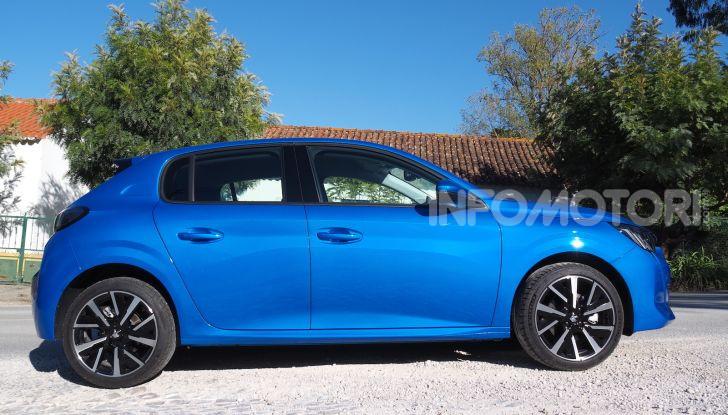 Nuova Peugeot 208: motori, prezzi e impressioni di guida - Foto 2 di 12