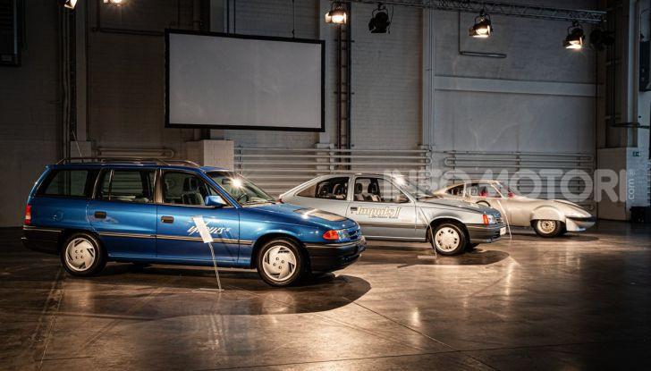 [VIDEO] Un viaggio al centro dell'elettrico con Opel! - Foto 2 di 27