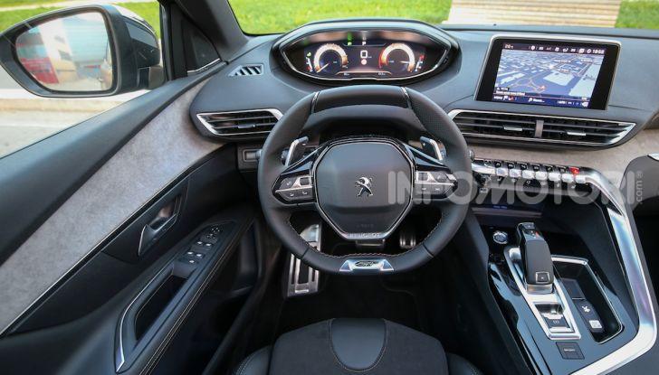 Peugeot 3008 Anniversary: il SUV top di gamma è in serie limitata - Foto 1 di 7