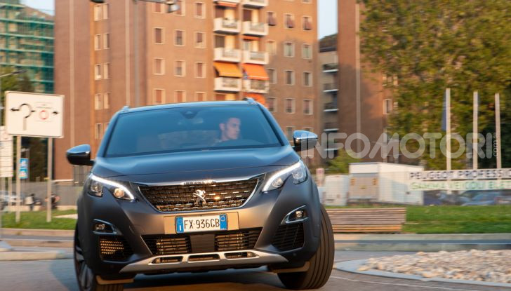 Peugeot 3008 Anniversary: il SUV top di gamma è in serie limitata - Foto 5 di 7