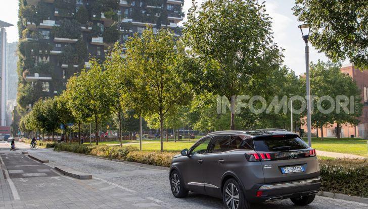 Peugeot 3008 Anniversary: il SUV top di gamma è in serie limitata - Foto 6 di 7