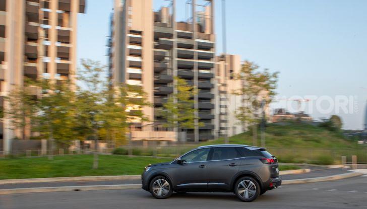 Peugeot 3008 Anniversary: il SUV top di gamma è in serie limitata - Foto 7 di 7