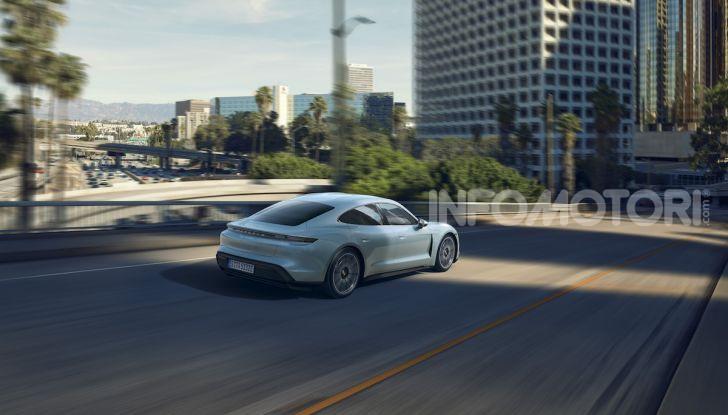 Porsche Taycan 4S, con la Performance Plus si arriva a 571CV - Foto 8 di 10