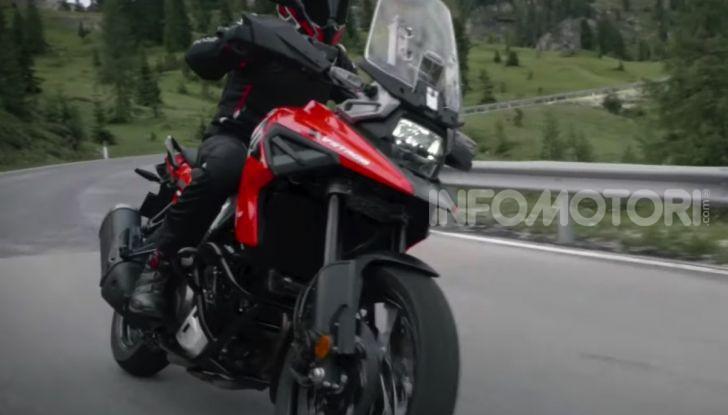 Nuovo Suzuki V-Strom 2020: Nato sotto il segno del DR! - Foto 1 di 8