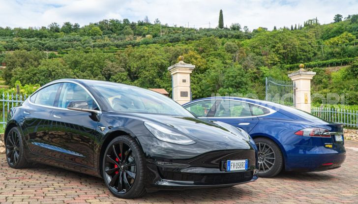 [VIDEO] Tesla Model S vs Tesla Model 3: quale comprare? - Foto 3 di 14