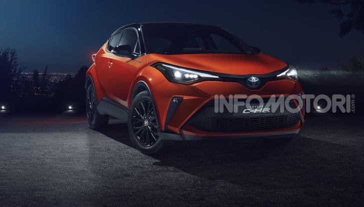 Nuova Toyota C-HR 2020: motore ibrido da 184CV e nuova tecnologia - Foto 1 di 5