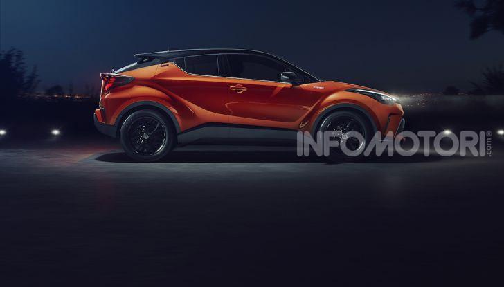 Nuova Toyota C-HR 2020: motore ibrido da 184CV e nuova tecnologia - Foto 2 di 5
