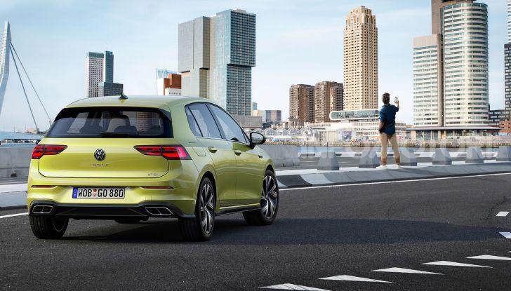 Nuova Volkswagen Golf 8 2020: prezzi, motori e versioni - Foto 25 di 26