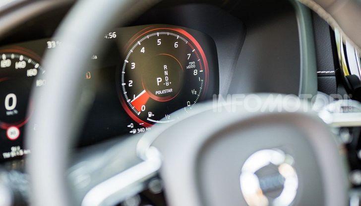 Volvo: velocità limitata a 180 km/h su tutte le nuove auto - Foto 24 di 71