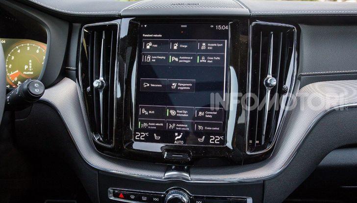 Provata la gamma Volvo ibrida: mild hybrid e plug-in aspettando la XC40 elettrica - Foto 28 di 71