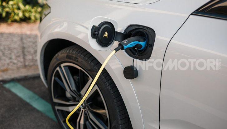 Provata la gamma Volvo ibrida: mild hybrid e plug-in aspettando la XC40 elettrica - Foto 3 di 71