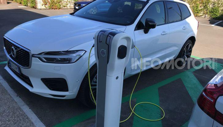 Provata la gamma Volvo ibrida: mild hybrid e plug-in aspettando la XC40 elettrica - Foto 4 di 71