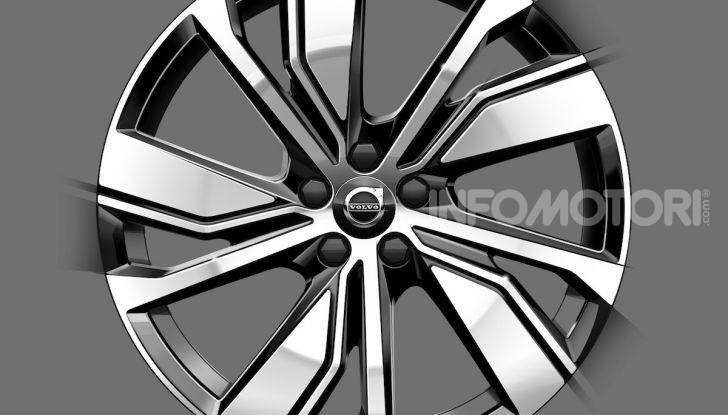 Volvo XC40: il SUV a batterie avrà un design rivoluzionario - Foto 2 di 5