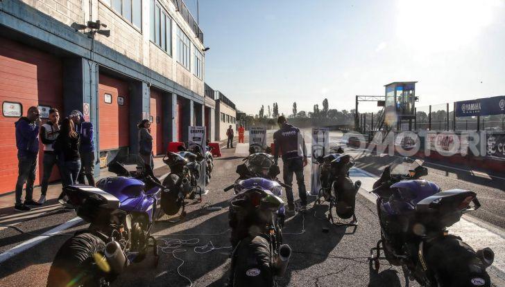 Prova Yamaha R1 ed R1M 2020, tante piccole novità per una moto quasi perfetta - Foto 5 di 38