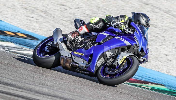 Prova Yamaha R1 ed R1M 2020, tante piccole novità per una moto quasi perfetta - Foto 18 di 38