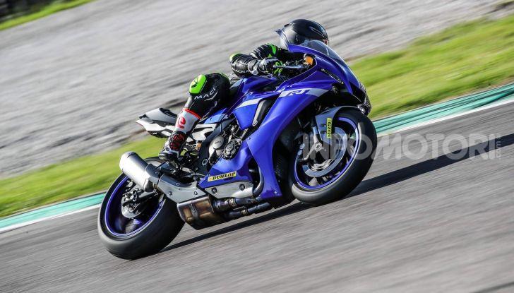 Prova Yamaha R1 ed R1M 2020, tante piccole novità per una moto quasi perfetta - Foto 31 di 38