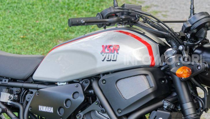 Prova Yamaha XSR 700 XTribute, la Sport Heritage omaggia l'XT di Rambo - Foto 21 di 37
