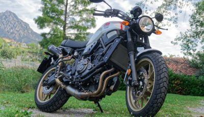 Prova Yamaha XSR 700 XTribute, la Sport Heritage omaggia l'XT di Rambo