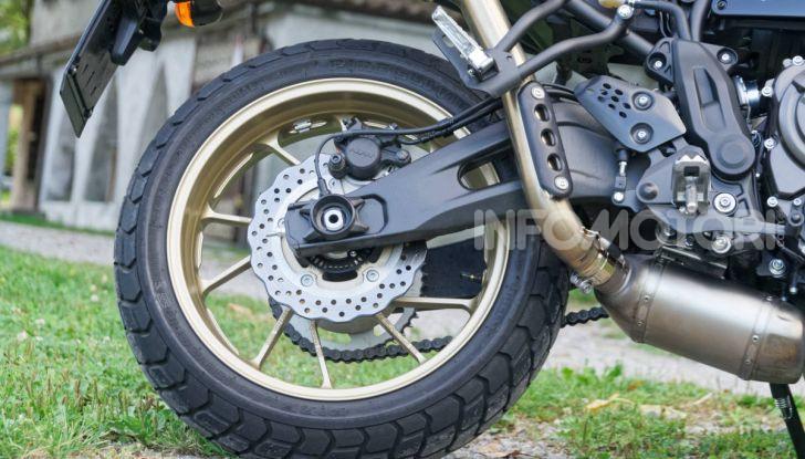 Prova Yamaha XSR 700 XTribute, la Sport Heritage omaggia l'XT di Rambo - Foto 24 di 37