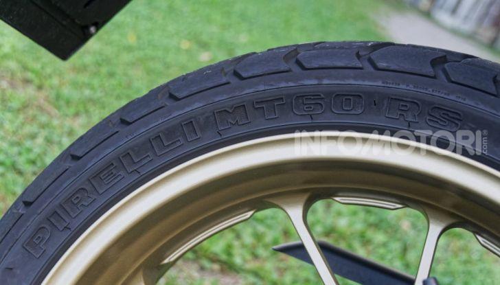 Prova Yamaha XSR 700 XTribute, la Sport Heritage omaggia l'XT di Rambo - Foto 20 di 37