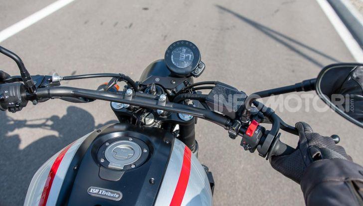 Prova Yamaha XSR 700 XTribute, la Sport Heritage omaggia l'XT di Rambo - Foto 7 di 37