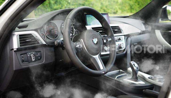 Igienizzazione degli interni auto tramite vapore