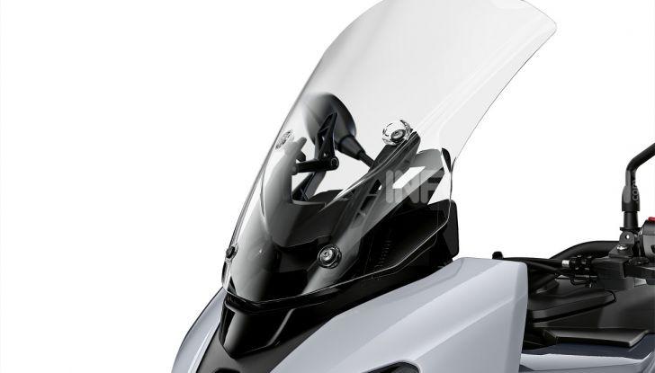 BMW S 1000 XR 2020: ad Eicma la nuova versione della crossover della Casa dell'elica - Foto 42 di 51