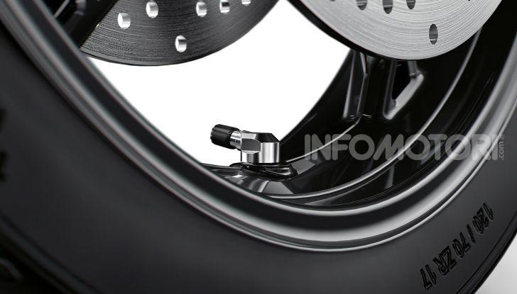 BMW S 1000 XR 2020: ad Eicma la nuova versione della crossover della Casa dell'elica - Foto 47 di 51