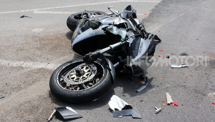 Honda CBR dopo una caduta