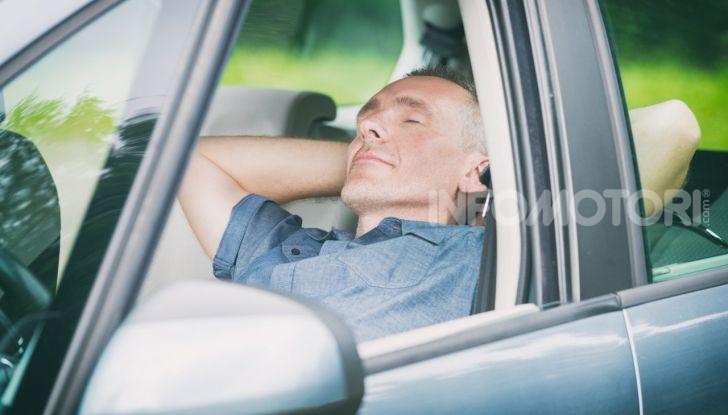 Come dormire in automobile