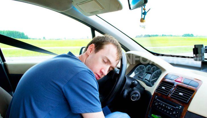 Dormire in macchina